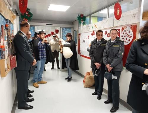 Babbo Natale al Residence con il Perugia calcio e la Guardia di Finanza